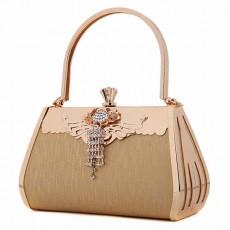 กระเป๋าคลัชออกงาน กระเป๋าถือคริสตัลผู้หญิงแฟชั่นเกาหลีเข้าชุดราตรีงานแต่ง นำเข้า สีทอง - พร้อมส่งAP2581 ราคา1900บาท