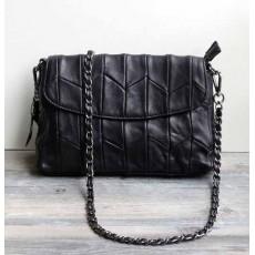 กระเป๋าหนังแท้ผู้หญิงสายโซ่สีดำแฟชั่นสะพายออกงานหรูหราถือทำงานสวยสไตล์แบรนด์ นำเข้า พร้อมส่งBB0071 ราคา2900บาท