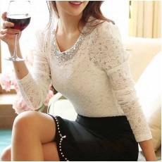 เสื้อลูกไม้แขนยาวคอวีแฟชั่นเกาหลีออกงานใหม่ อก35-36นิ้ว สีขาว นำเข้า พร้อมส่งBL0043 ราคา900บาท