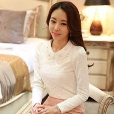 เสื้อลูกไม้แขนยาว แฟชั่นเกาหลีคอปกแต่งมุกคริสตัลสวยมากใหม่ล่าสุด นำเข้า ไซส์2XL สีขาว - พร้อมส่งBM2722 ราคา1450บาท