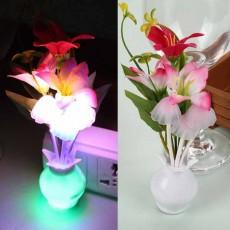 โคมไฟLEDรูปเห็ดดอกไม้มีเซ็นเซอร์เสียบปลั๊กแสงเปลี่ยนสีอัตโนมัติตกแต่งคอนโดห้องนอนนั่งเล่น พร้อมส่งLED5 ราคา590บาท