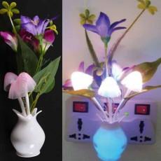 โคมไฟLEDรูปเห็ดดอกไม้มีเซ็นเซอร์เสียบปลั๊กแสงเปลี่ยนสีอัตโนมัติตกแต่งคอนโดห้องนอนนั่งเล่น พร้อมส่งLED5 ราคา350บาท