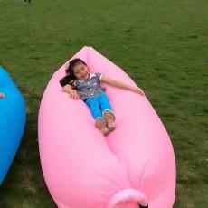 โซฟาลมพกพา คอนโด ทะเล ท่องเที่ยวเบาใช้ง่าย - พร้อมส่ง สีชมพูอ่อน ราคา 1150 บาท