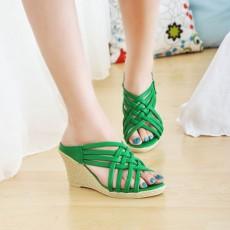 รองเท้าส้นตึก สายไขว้สวยแฟชั่นเกาหลีเบาสบายเท้า นำเข้าไซส์34ถึง39 สีเขียว - พรีออเดอร์HS106-4 ราคา1350บาท