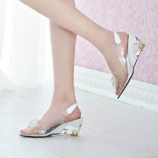 รองเท้าแก้ว ส้นสูงแฟชั่นเกาหลีสวยหรูหราแต่งดอกไม้แก้ว นำเข้า สีขาว - พรีออเดอร์HS9099 ราคา1450บาท