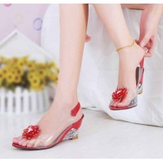 รองเท้าแก้ว ส้นสูงแฟชั่นเกาหลีสวยหรูหราแต่งดอกไม้แก้ว นำเข้า สีแดง - พรีออเดอร์HS9099 ราคา1100บาท