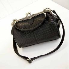 กระเป๋าสะพายข้างหนังลายสานมี2สายแฟชั่นเกาหลีสวยวินเทจ นำเข้า สีดำ พร้อมส่งBB0105 ราคา1250บาท