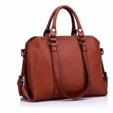 กระเป๋าหนังแท้ผู้หญิง สะพายและถือได้3สายหรูมากแฟชั่นแบรนด์ นำเข้าพิเศษ สีน้ำตาล - พร้อมส่งIS1005  ราคา1990บาท [หมดค่ะ]