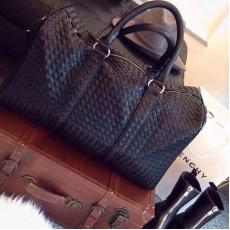 กระเป๋าเดินทางหนังแท้ สะพายและถือสายยาวได้หรูหนังสานใบใหญ่แฟชั่นแบรนด์ นำเข้า สีดำ - พรีออเดอร์IS1008  ราคา4990บาท