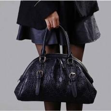 กระเป๋าหนังแท้ผู้หญิง สะพายและถือสายยาวได้หรูมากแฟชั่นแบรนด์ นำเข้าพิเศษ สีดำ - พร้อมส่งIS1009  ราคา3500บาท