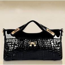 กระเป๋าคลัช แฟชั่นเกาหลีถือทำงานหนังแก้วสวยหรูมีสายถอดได้ใช้ออกงาน นำเข้า สีดำ - พร้อมส่งIS1015 ราคา880บาท