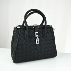 กระเป๋าหนังแท้ผู้หญิง หนังสานสะพายสายยาวสวยถือหรูมากแฟชั่นแบรนด์ นำเข้าพิเศษ สีดำ - พร้อมส่งIS1043  ราคา4500บาท
