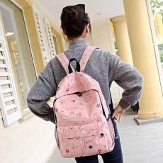 กระเป๋าเป้ผ้า สะพายหลังแฟชั่นเกาหลีน่ารักแบบผู้หญิงลายการ์ตูน นำเข้า สีชมพู - พร้อมส่งIS1054 ราคา750บาท