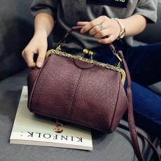 กระเป๋าสะพาย แฟชั่นเกาหลีแนววินเทจถือและมีสายยาวรุ่นใหม่สวย นำเข้า สีแดงเข้ม - พรีออเดอร์IS1058