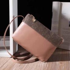 กระเป๋าแฟชั่นเกาหลี ใบเล็กมีสายสะพายยาวแต่งกลิ้ตเตอร์น่ารัก นำเข้า สีชมพู - พร้อมส่งIS1060 ราคา250บาท