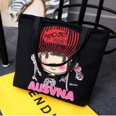 กระเป๋าสะพายผ้า แฟชั่นเกาหลีลายวินเทจน่ารักมีซิปปิด นำเข้า สีดำ - พร้อมส่งIS1061 ราคา350บาท