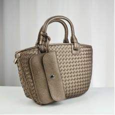 กระเป๋าหนังแท้ผู้หญิง หนังสานสวยถือหรูมากแฟชั่นแบรนด์ นำเข้าพิเศษ สีทอง - พรีออเดอร์IS1069  ราคา4900บาท