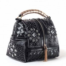กระเป๋าหนังแท้ผู้หญิง หนังสานเดนิมถือหรูมีสายสะพายยาวแฟชั่น นำเข้าพิเศษ สีดำ - พรีออเดอร์IS1070  ราคา4900บาท