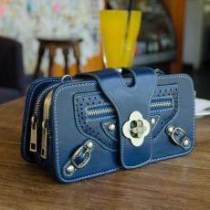 กระเป๋าหนังใบเล็กแฟชั่นเกาหลี ถือได้แบบวินเทจคลัทช์และมีสายสะพายยาว นำเข้า สีน้ำเงิน - พรีออเดอร์IS1072 ราคา1350บาท