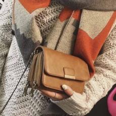 กระเป๋าหนังใบเล็กแฟชั่นเกาหลี ถือวินเทจคลัทช์มีสายโซ่สะพายยาว นำเข้า สีกากี - พรีออเดอร์IS1074 ราคา1300บาท