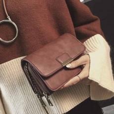 กระเป๋าหนังใบเล็กแฟชั่นเกาหลี ถือวินเทจคลัทช์มีสายโซ่สะพายยาว นำเข้า สีน้ำตาล - พรีออเดอร์IS1074 ราคา1300บาท