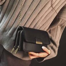 กระเป๋าหนังใบเล็กแฟชั่นเกาหลี ถือวินเทจคลัทช์มีสายโซ่สะพายยาว นำเข้า สีดำ - พรีออเดอร์IS1074 ราคา1300บาท