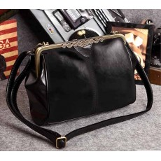 กระเป๋าสะพาย แฟชั่นเกาหลีผู้หญิงวินเทจถือสายสั้นหรูแบบใหม่น่ารัก นำเข้า สีดำ - พรีออเดอร์IS505 ราคา900บาท