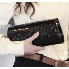 กระเป๋าคลัช แฟชั่นเกาหลีถือทำงานสวยหรูมีสายโซ่ถอดได้ใช้ออกงาน นำเข้า สีดำ - พรีออเดอร์IS954 ราคา690บาท