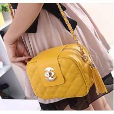กระเป๋าออกงานกลางคืน แฟชั่นเกาหลีสะพายใบเล็ก นำเข้า สีเหลือง - พรีออเดอร์IS966 ราคา830บาท [หมดค่ะ]