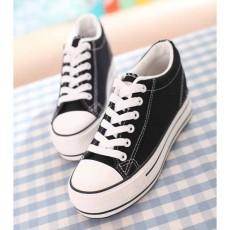 รองเท้าผ้าใบ มีส้นอินเทรนด์แฟชั่นเกาหลี นำเข้า ไซส์35ถึง39 สีดำ - พรีออเดอร์MA3031 ราคา1250บาท