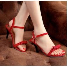 รองเท้าส้นสูง แฟชั่นเกาหลีส้นแหลม นำเข้า ไซส์34ถึง39 สีแดง - พรีออเดอร์RB2000 ราคา1070บาท