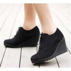 รองเท้าส้นตึก แฟชั่นเกาหลีสวยแบบคัทชู นำเข้า ไซส์34ถึง39 สีดำ - พรีออเดอร์RB2009 ราคา1150บาท