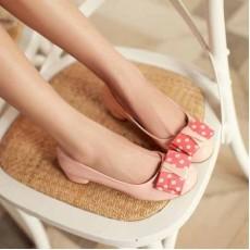 รองเท้าส้นเตี้ย แฟชั่นเกาหลีผู้หญิงสวมสบาย นำเข้า ไซส์34ถึง43 สีชมพู - พรีออเดอร์RB2046 ราคา1370บาท