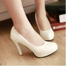 รองเท้าส้นสูง แฟชั่นเกาหลีผู้หญิงทำงานเรียบๆ นำเข้าไซส์34ถึง39 สีขาว - พรีออเดอร์RB2061 ราคา1350บาท