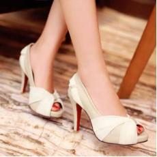 รองเท้าส้นสูง แฟชั่นเกาหลีสวยหรูออกงานแต่งงาน นำเข้าไซส์34ถึง43 สีครีม - พรีออเดอร์RB2096 ราคา1890บาท
