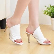 รองเท้าส้นสูง แฟชั่นเกาหลีสวยสวมง่ายสบายเท้า นำเข้าไซส์34ถึง39 สีขาว - พรีออเดอร์RB2127 ราคา1350บาท