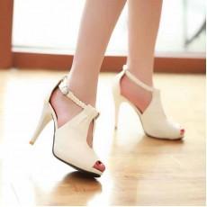 รองเท้าส้นสูง ใส่ทำงานสายถักเปียสวยแฟชั่นเกาหลี นำเข้าไซส์34ถึง39 สีครีม - พรีออเดอร์RB2160 ราคา1450บาท