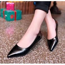 รองเท้าส้นแบน คัทชูหนังแก้วหัวแหลมดาราแฟชั่นเกาหลี นำเข้าไซส์34ถึง43 สีดำ - พรีออเดอร์RB2171 ราคา1400บาท