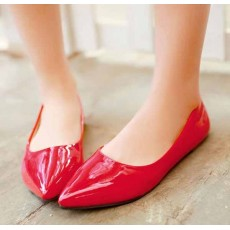 รองเท้าส้นแบน คัทชูหนังแก้วหัวแหลมดาราแฟชั่นเกาหลี นำเข้าไซส์34ถึง43 สีแดง - พรีออเดอร์RB2171 ราคา1400บาท