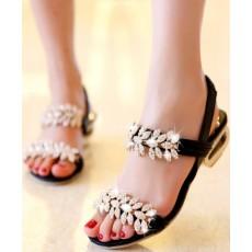 รองเท้าส้นเตี้ย แต่งคริสตัลสวยออกงานราตรีหรูแฟชั่นเกาหลี นำเข้าไซส์38 สีดำ - พร้อมส่งRB2183 ราคา1850บาท