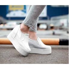 รองเท้าผ้าใบส้นตึก แฟชั่นเกาหลีวินเทจสุดชิค นำเข้า ไซส์34ถึง39 สีขาว - พรีออเดอร์RB2217 ราคา1850บาท