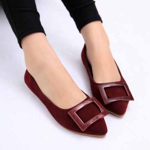 รองเท้าส้นเตี้ย หนังกำมะหยี่หัวแหลมสุดเก๋แฟชั่นเกาหลี นำเข้าไซส์36ถึง40 สีแดง - พรีออเดอร์RB2232 ราคา1150บาท