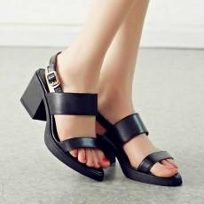 รองเท้าเพื่อสุขภาพ ดีไซน์รองเท้ามีส้นหนังแท้สวมสวยหรูหราแฟชั่นเกาหลี นำเข้า ไซส์34ถึง39 สีดำ - พรีออเดอร์RB2249 ราคา2100บาท