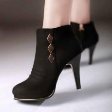 รองเท้าบูทส้นสูง เซ็กซี่แฟชั่นเกาหลีดีไซน์หนังกลับหุ้มข้อหรูใหม่ นำเข้า ไซส์34ถึง40 สีดำ - พรีออเดอร์RB2263 ราคา2100บาท
