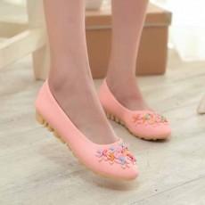 รองเท้าส้นเตี้ย แฟชั่นเกาหลีแต่งหัวใจหุ้มส้นสวมคัทชูน่ารัก นำเข้าไซส์36ถึง40 สีชมพู - พรีออเดอร์RB2285 ราคา1100บาท