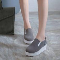 รองเท้าผ้าใบส้นหนา แฟชั่นเกาหลีโลฟเฟอร์ผู้หญิงหนังกลับ นำเข้า ไซส์34ถึง39 สีเทา - พรีออเดอร์RB2289 ราคา1500บาท