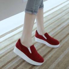 รองเท้าผ้าใบส้นหนา แฟชั่นเกาหลีโลฟเฟอร์ผู้หญิงหนังกลับ นำเข้า ไซส์34ถึง39 สีแดง - พรีออเดอร์RB2289 ราคา1500บาท