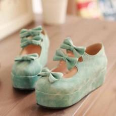 รองเท้าส้นเตารีด แฟชั่นเกาหลีแต่งโบว์น่ารักคิกขุรุ่นใหม่ นำเข้าไซส์34ถึง39 สีฟ้า - พรีออเดอร์RB2292 ราคา1300บาท