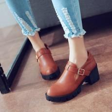 รองเท้าแฟชั่นเกาหลี สตรีทชูส์หนังนุ่มใส่สบายเพื่อสุขภาพไซส์ใหญ่ นำเข้า ไซส์33ถึง43 สีน้ำตาล - พรีออเดอร์RB2296 ราคา1750บาท