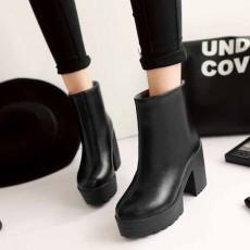 รองเท้าบูทสั้น หุ้มข้อแฟชั่นเกาหลีส้นสูงหนามีซิปสวมง่ายใหม่ นำเข้า ไซส์34ถึง43 สีดำ - พรีออเดอร์RB2301 ราคา1750บาท